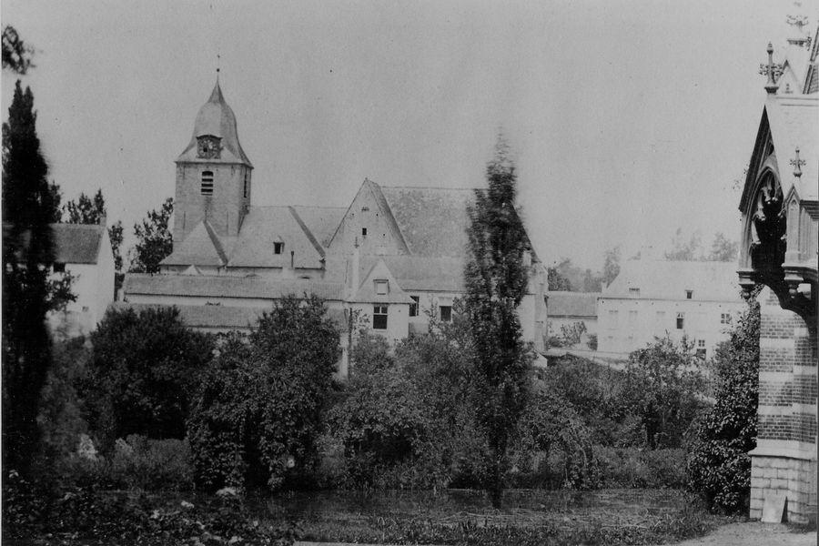 Schepenhuis en oude kerk
